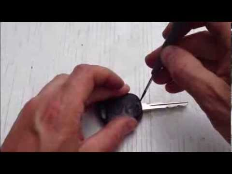 Toyota Corolla Battery >> How to replace remote key battery Toyota Yaris. Years 1999 ...