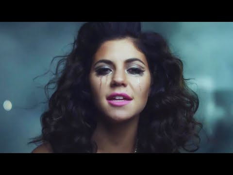 "MARINA AND THE DIAMONDS | ""SHAMPAIN"""