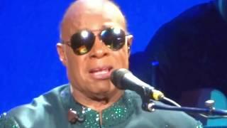 Stevie Wonder Cries During Tribute To John Lennon