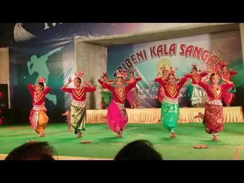 Ghungur dia bandi mo due pade......by Rajnandiinii and friends.....