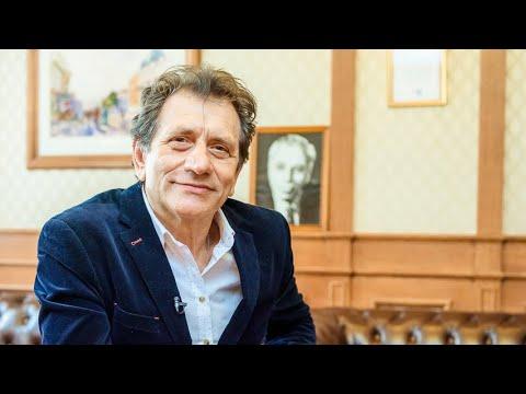 Интервью с Евгением Князевым, ректором Театрального института им. Б. Щукина, народным артистом РФ