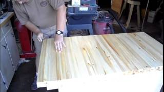 Linseed Oil Brings Out the Grain in Workbench Top