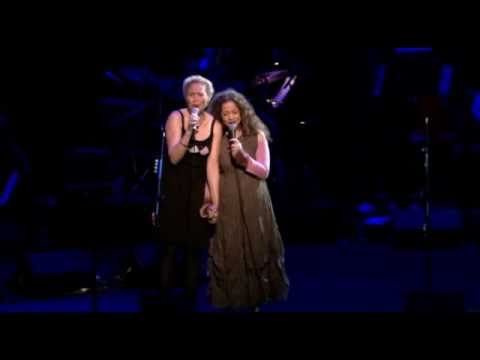 Leonard Cohen - Anthem - Julie Christensen Perla Batalla