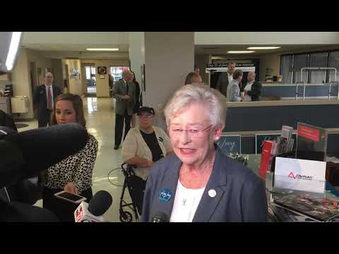 Gov. Kay Ivey on last day of campaign