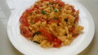 cách làm trứng sốt cà chua thơm ngon béo ngậy.