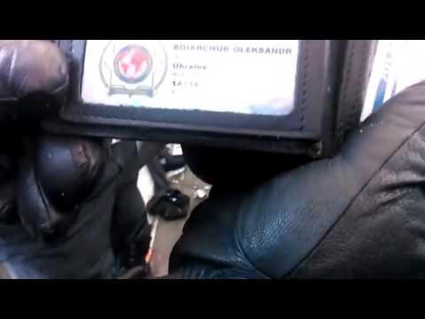 Kiev: CIA agent captured helping Ukrainian rebels = Agent CIA capturat ajutînd rebelii ucraineni