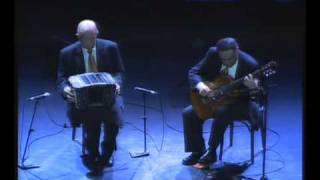 Anibal Arias y Osvaldo Montes Chaillot-Paris 2008 duo-bandonen y guitarra
