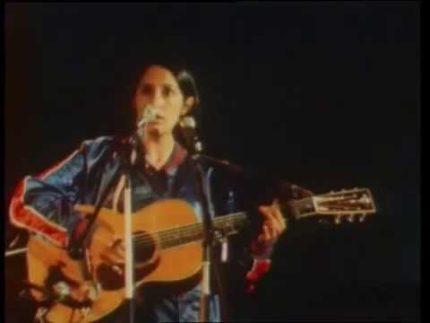 Joan Baez - Blowing in the wind (English & Japanese live in France, 1970)