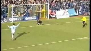 Download Video Oxford United v Manchester City 96/97 MP3 3GP MP4