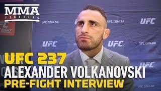 UFC 237: Alexander Volkanovski Happy To Share Burger At Jose Aldo's Shop After Fight - MMA Fighting