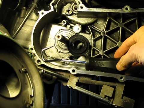 Honda NHX110 crank seal replacement