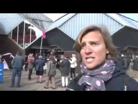 Les Anti Mariage Gay manifestent contre Najat Vallaud Belkacem (16/05/13, LMPT)