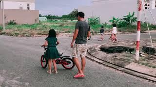 Trở về tuổi thơ với Xe Đạp cùng Gia Đình Lý Hải Minh Hà