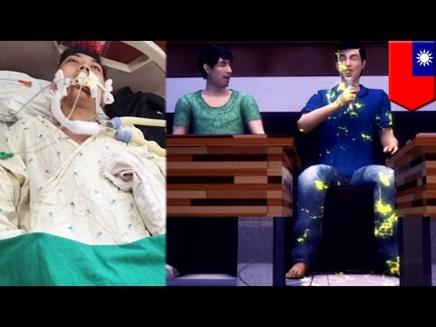 Electrocuted: Karaoke microphone zaps university student, leaves him in coma - TomoNews
