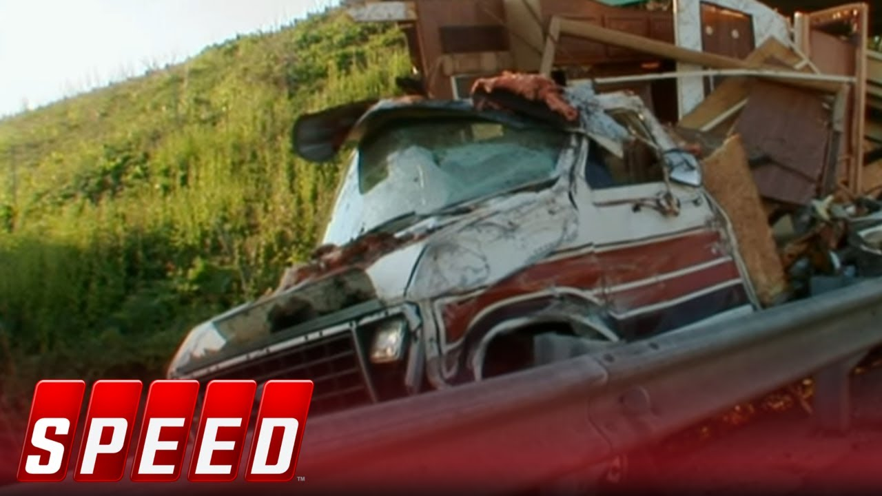 Download Wrecked - Season 1 Episode 12 - Two Brothers, One Showdown | SPEED