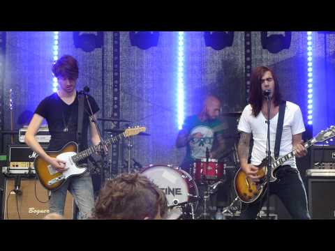 Destine - Wait Forever, live @ Uit!festival, Almere 08/09/2012