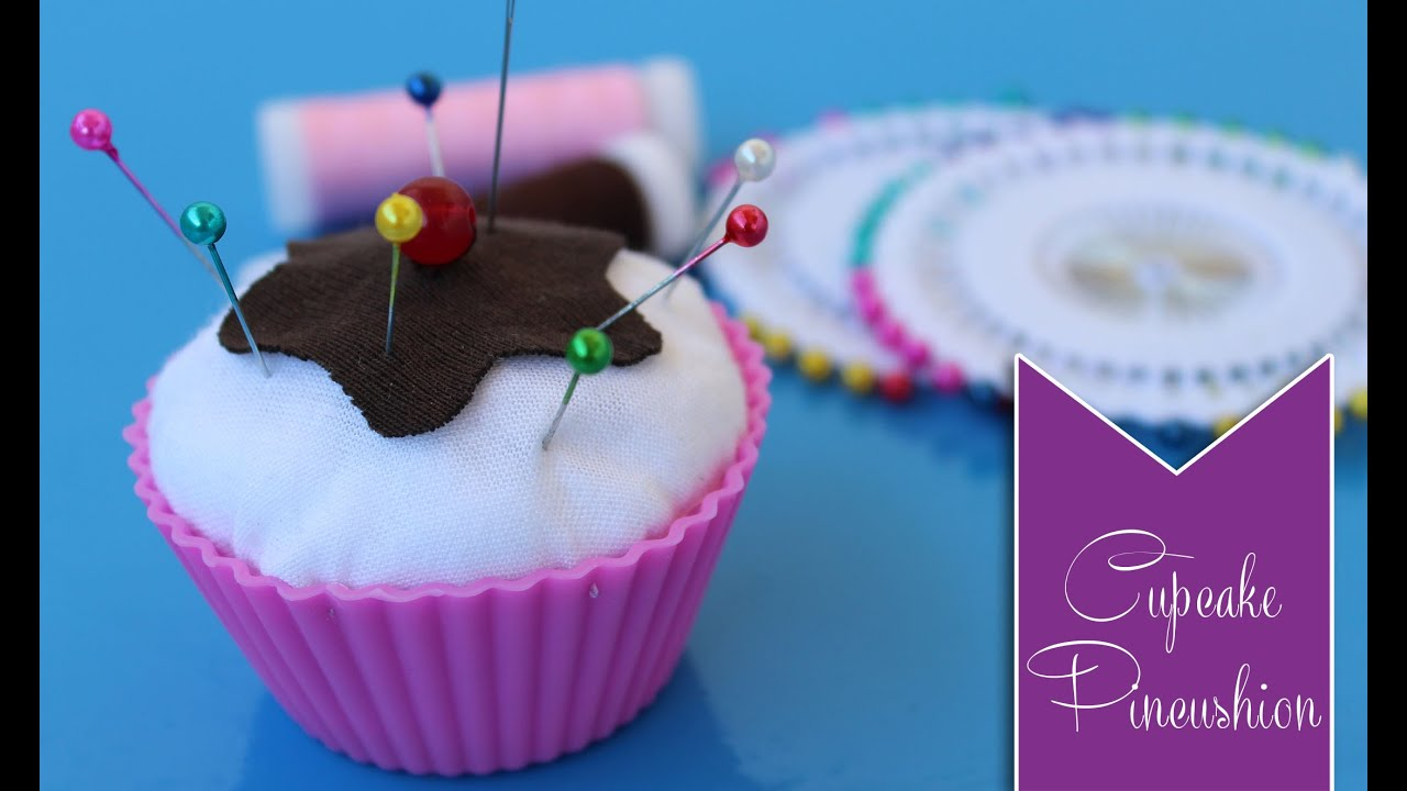 DIY Cupcake Pincushion - YouTube