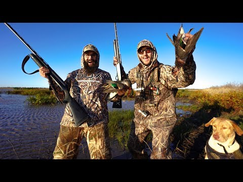 I Took My Friend Walk In Public Land Duck Hunting For His First Time!!