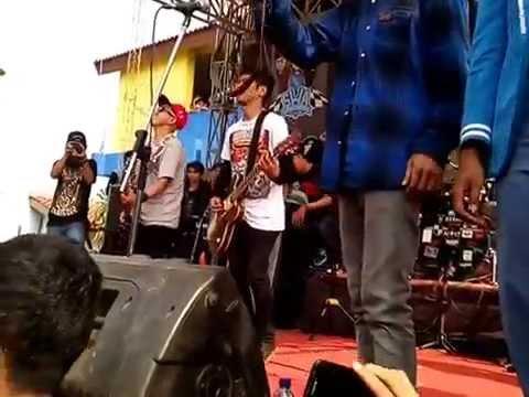 Stand Here Alone - Move On At Pensi SMK Citra Mutiara Bekasi
