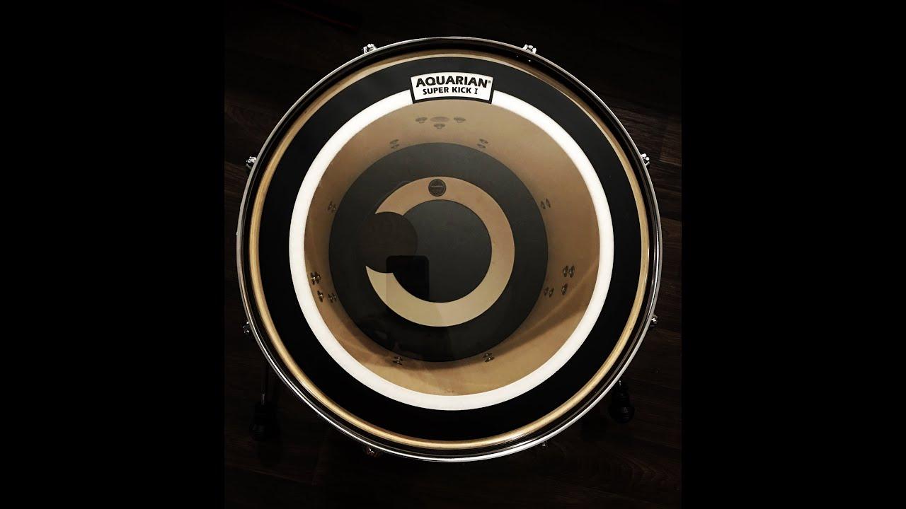16 super kick i and regulator aquarian drum heads review youtube. Black Bedroom Furniture Sets. Home Design Ideas
