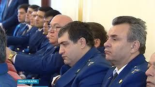 Владимир Васильев поздравил работников прокуратуры 12.01.18 г.