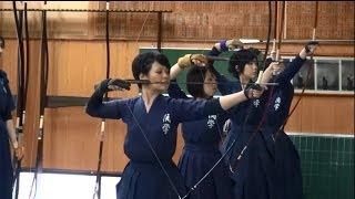 惊奇日本:穿上弓道服的女生超帥氣!【弓道着姿の女の子はカッコイイ】~ビックリ日本~