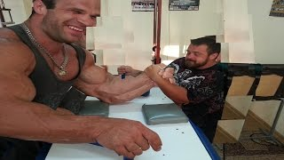 THE REAL LIFE HULK WITH THE BIGGEST HANDS EVER