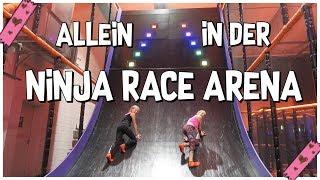 ALLEIN IM JUMPHOUSE 😲 BFF & ICH TESTEN DIE NINJA RACE ARENA, Family Sport