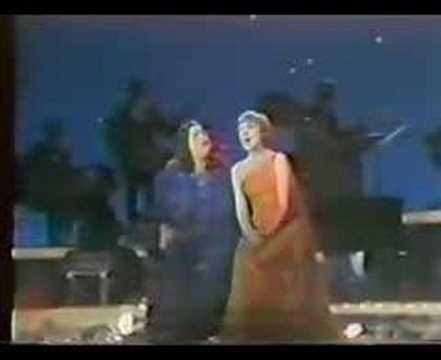 Mama Cass Elliot & Julie Andrews