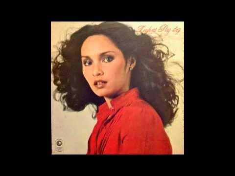 Leah Navarro - Patingin-tingin lamang (disco, Philippines 1980)