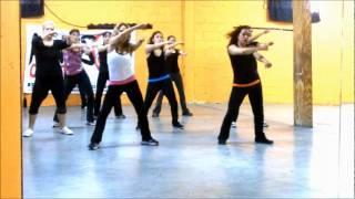 Zumba Vero Tkt Maroon 5 ft. Christina Aguilera - Moves like Jagger
