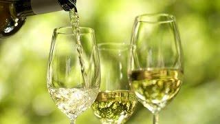 Вино из белого винограда  в домашних условиях рецепт без дрожжей(Белоеполусладкоевино готовят из #белоговинограда. Чтобы вино получилось сладким или полусладким, добавля..., 2016-09-24T18:42:04.000Z)
