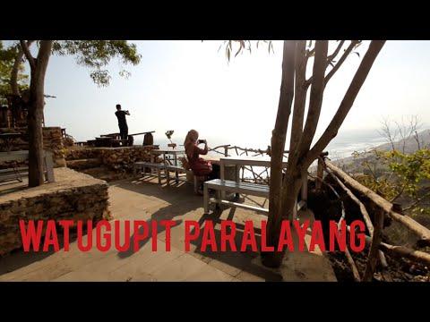 wisata-watugupit-paralayang-yogyakarta-2019