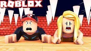 ZABÓJCZA ŚCIANA CHCE NAS ZMIAŻDŻYĆ W ROBLOX! (Roblox The Crusher) Vito i Bella