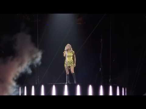 Carrie Underwood sings