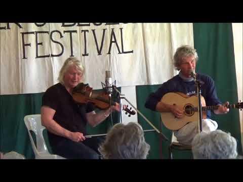 The Martins  Intro Set Dorrigo Folk & Bluegrass Festival  Sunday 29th October 2017