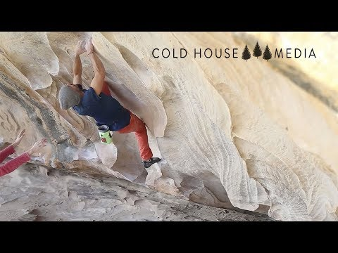 Bouldering Cave in The Grampians Cures Jet Lag || Cold House Media Vlog 023