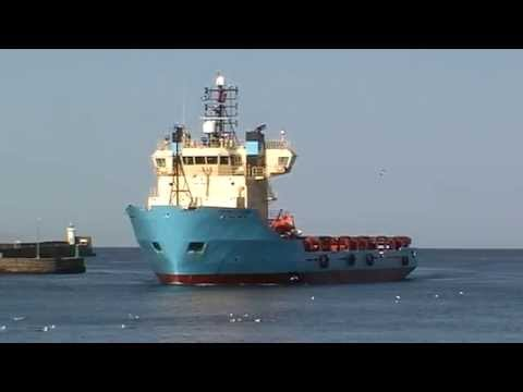 Maersk Fetcher Inbound to the Port of Aberdeen - 16th May 2010