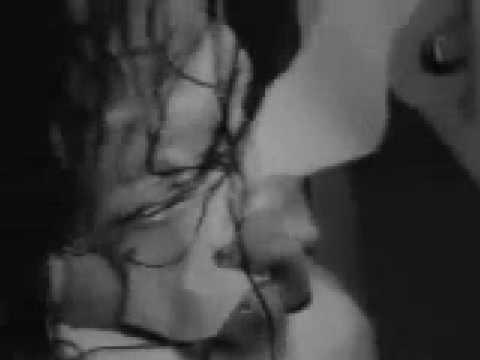 Linkin Park-Pushing me Away(With Lyrics)