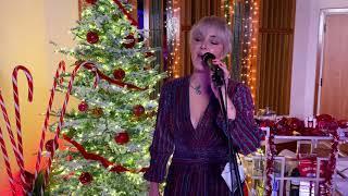 Смотреть клип Maggie Rose - The Christmas Song