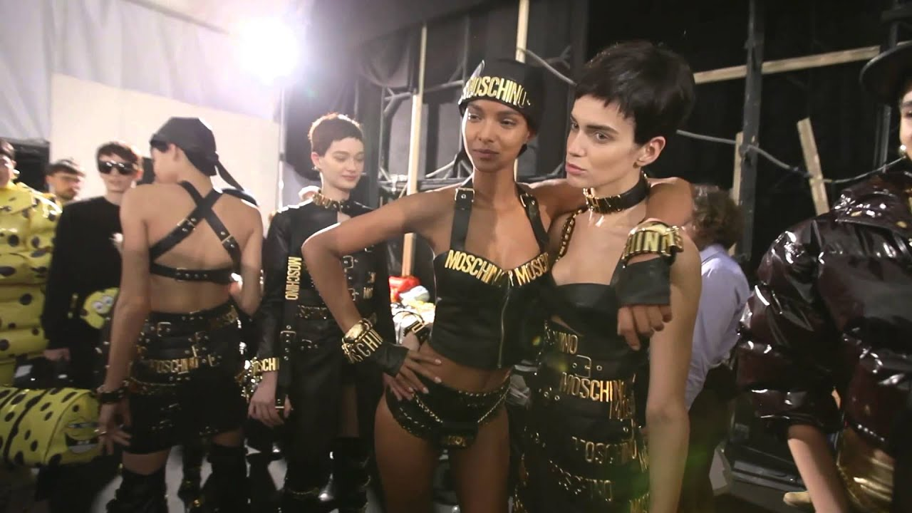 Moschino Fall/Winter 2014-2015 Fashion Show - Backstage and event!