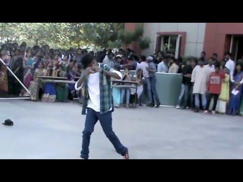Andhamaina Premarani cheyi tagilithe song- Raghu and Uday