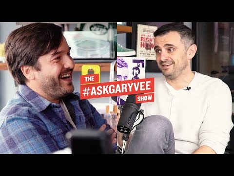 PEDRO EARP, ANHEUSER-BUSCH, INNOVATION IN BUSINESS, & CRAFT BEERS | #ASKGARYVEE 270