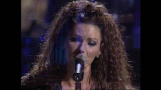 Download lagu Shania Twain - You're Still The One - HD Video Live