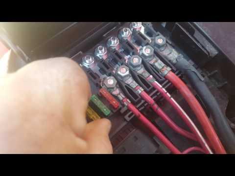 1999 VW Beetle Under Hood Fuse box Pt 2