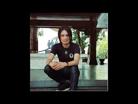 Charly Van houten-Buih Jadi permadani(cover)