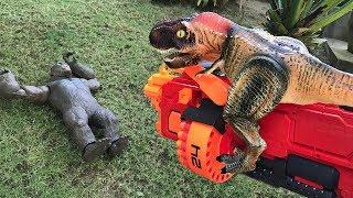 TREX NERF WAR - Kong and Animals fight with dinosaurs tyrannosaurus rex kids