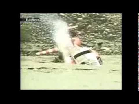 Rescue Helicopter accident in Taiwan - crash into water!