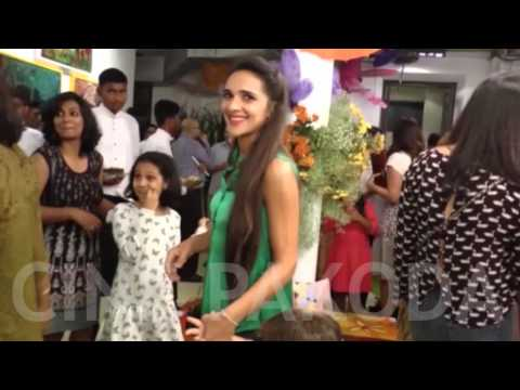 Sonam Kapoor, Tara Sharma at the Gateway School Art Show | CinePakoda