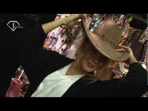 fashiontv | FTV.com - SHOPPING IN TUNIS MARKET WITH ALIONA V